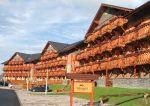 ubytovanie na slovensku  Veľká Lomnica - Tatragolf mountain resort **** ubytovanie slovensko Tatragolf mountain resort sa nachádza v jedinečnom prostredí Vysokých Tatier v obci Veľká Lomnica, ktorá je zvaná ako brána do Vysokých Tatier.  Poskytujeme ubytovanie v novo zariadených jednoizbový...