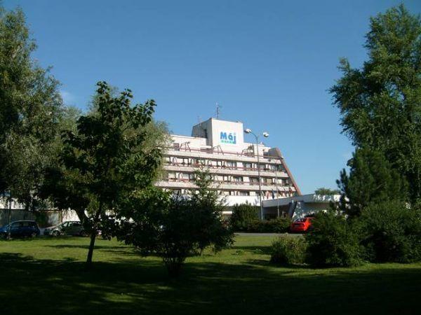 ubytovanie Piešťany Hotel Máj (Hotel)